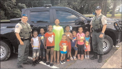 Wildlife officers handing out ice cream 'citations'